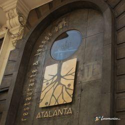 Fabricación e instalación de rótulo para Atalanta restaurante